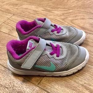 Nike Girl Shoes 💕